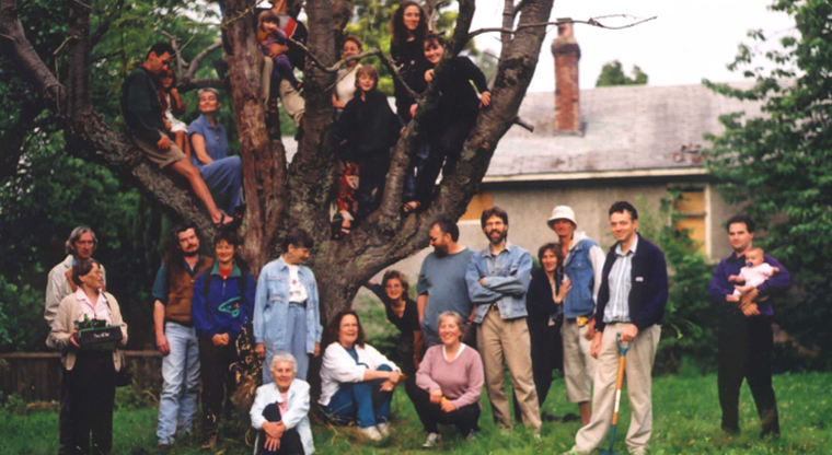 Cranberry Commons memebers in the old cherry 		tree.